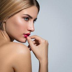 Envie de rester belle durablement ? Choisissez le Maquillage Permanent !