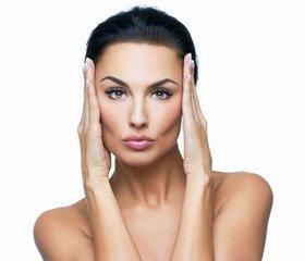 La dermopigmentation au secours de vos sourcils