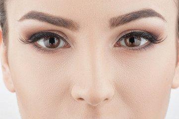 Tout comprendre de la teinture des sourcils